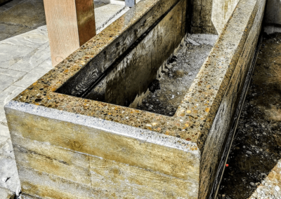 Concrete retaining walls and planters | OR. CONCRETE INC.